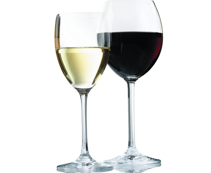 """מי שבאמת מבקש לחולל מהפכה, וענף היין הישראלי זקוק למהפכה כאוויר לנשימה, חייב להתחיל אותה מלמטה... (צילום: יח""""צ)"""