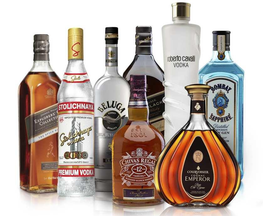 """בלאק פריידיי או לא, תכל'ס, זה קצת מאכזב לגלות שסדר העדיפויות של הצרכן האמריקאי הוא כזה שמעדיף בגדים על פני אלכוהול... (צילומים: יח""""צ)"""