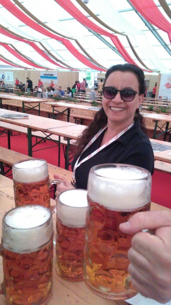פסטיבל בירה בפראג - אווירה א - צלם גדי דבירי