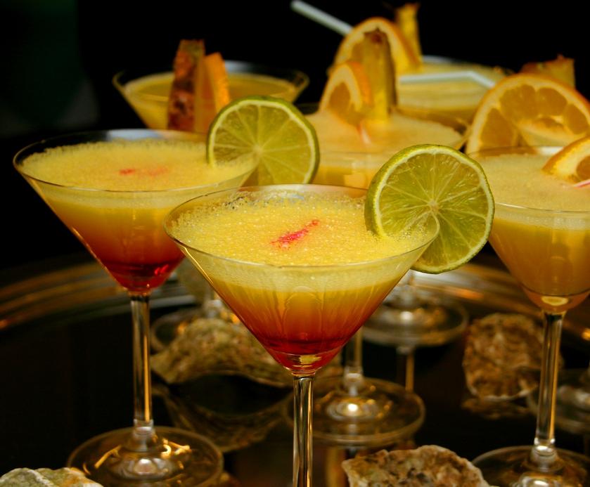 """כן, גם למקום שאתם שותים בו קוראים """"בר"""". אבל זה הדמיון היחיד... (צילום: freeimages.com)"""